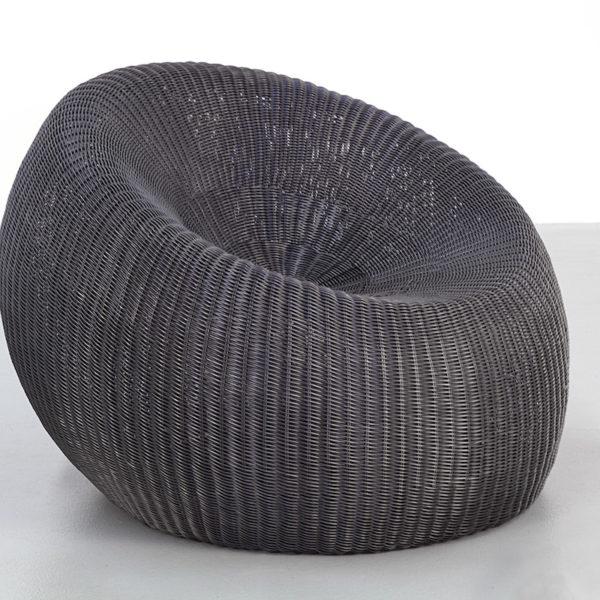 Pebble Chair in Black